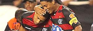 Na estreia de Ronaldinho no Fla, festa da torcida e vitória no fim (Marcelo Theobald; Extra)