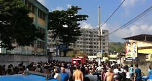 Tiros em escola deixam 8 mortos na Zona Oeste do RJ (Leonardo Reis/ Leitor O Globo)