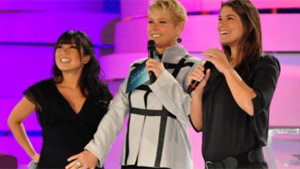 Grávidas, Suzuki e Fantin duelam em quiz sobre maternidade no 'TV Xuxa' (Estevam Estellar)