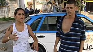 Detidos 8 adolescentes suspeitos de atacar irmãos em van no Recreio, Rio (reprodução / tv globo)