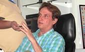 Léo Rabello, empresário Thiago Neves durante coletiva (Foto: Rafael Cavalieri / GLOBOESPORTE.COM)