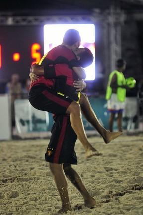 Time do Sport de futebol de areia (Foto: Antônio Lima/Semdej)
