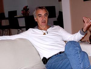 Jorge Fossati durante entrevista (Foto: Alexandre Alliatii / Globoesporte.com)