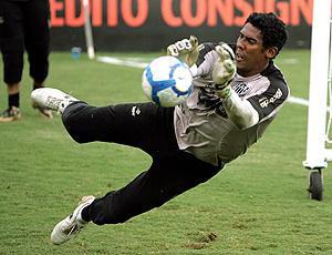goleiro Aranha no treino do Atlético-MG
