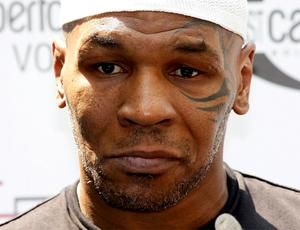 Mike Tyson boxe Milão (Foto: Getty Images)