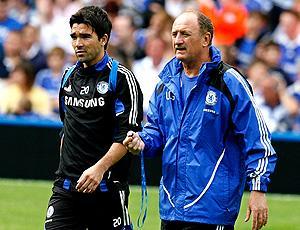 Deco e Felipão no Chelsea em 2008 (Foto: AFP)
