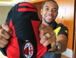 Robinho com a camisa do Milan
