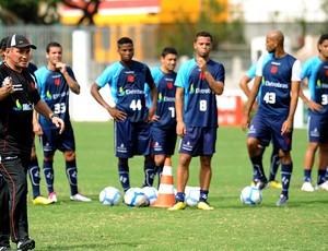 PC Gusmão no treino do Vasco
