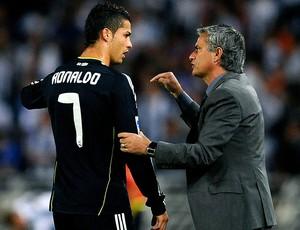 Cristiano Ronaldo e José Mourinho na partida do Real Madrid