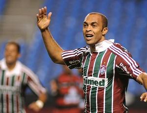 Leandro Euzébio comemora gol do Fluminense contra o Flamengo