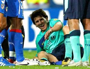 Messi machucado na partida do Barcelona