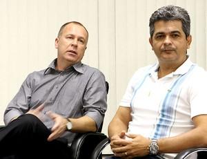 Mano Menezes e Ney Franco da seleção brasileira
