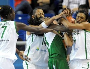 basquete Brasil Iziane Castro Kally Santos