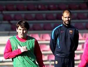 Messi retorna ao treino do Barcelona