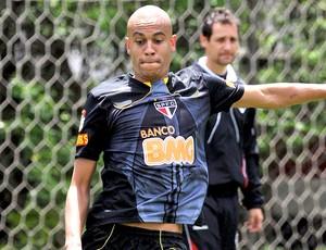 Alex Silva no treino do São Paulo