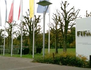 Entrada da sede da Fifa em Zurique
