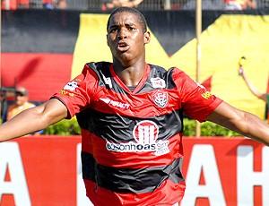 Adaílton vitória gol vasco (Foto: Romildo de Jesus / Agência Estado)
