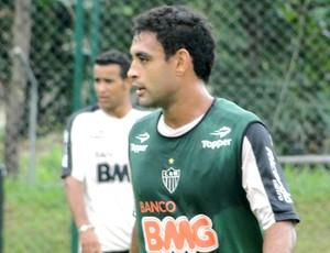 Treino do Atlético-MG - Zagueiro Werley (Foto: Valeska Silva / Globoesporte.com)