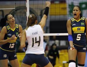 Sheilla Fabi Adenízia Mundial de vôlei Brasil x Porto Rico