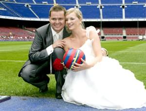 casal de noivos no camp nou , do barcelona
