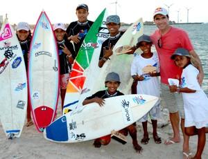 Surfe - Alegria estampada no rosto dos talentos do Titanzinho