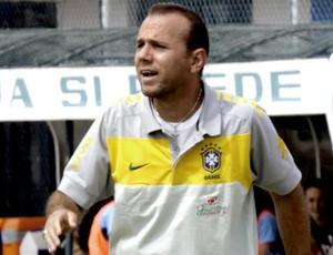 kleiton lima, técnico da seleção brasileira feminina (Foto: Divulgação)