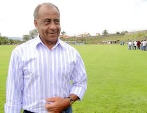 Dirceu Lopes no CT do Cruzeiro Toca da Raposa