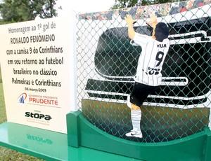 placa homenagem ronaldo corinthians