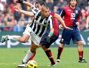 Felipe Melo no jogo Juventus x Genoa (Foto: AFP)