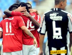 internacional comemora gol sobre o botafogo