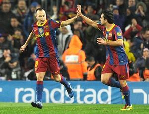 Iniesta Xavi Barcelona (Foto: AFP)