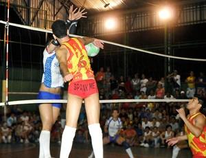 Campeonato gay de vôlei jogo