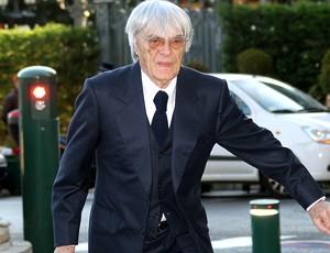 Bernie Ecclestone chega para congresso da FIA
