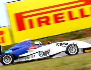 Fórmula Futuro: Felipe Apezzato acelera em Santa Cruz do Sul