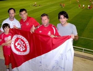 Torcedores no treino do Internacional Abu Dhabi Mundial de Clubes