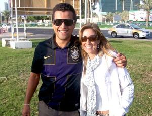 Internacional Mundial de Clubes Abu Dhabi - Corinthiano e namorada