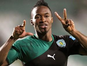 Yannnick Djalo comemora gol do Sporting (Foto: EFE)