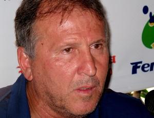 zico reunião de treinadores (Foto: Fred Huber / Globoesporte.com)