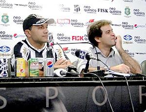 Iarley é apresentado pelo Ceará (Foto: Divulgação / Site Oficial do Ceará)