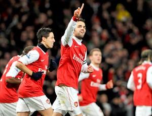 Cesc Fabregas do Arsenal comemora gol no Chelsea