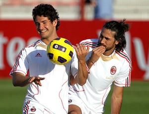 Pato no treino do Milan