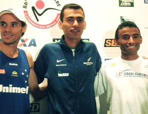 Franck Caldeira, Marílson dos Santos e Damião de Souza para a corrida de São Silvestre