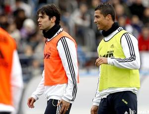 Kaká e Cristiano Ronaldo no treino do Real Madrid