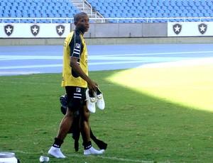 Luis Guilherme no treino do Botafogo