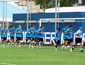 jogadores no treino de reapresentação do Grêmio