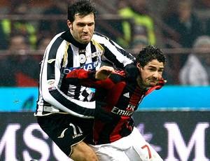 Pato na partida do Milan contra o Udinese