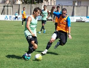 jogadores no treino do Grêmio