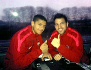 Denilson e Fabregas do Arsenal
