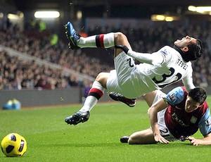 Ciaran Clark Aston Villa Carlos Tevez Manchester City