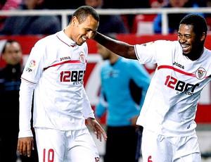Luis Fabiano comemora gol do Sevilla
